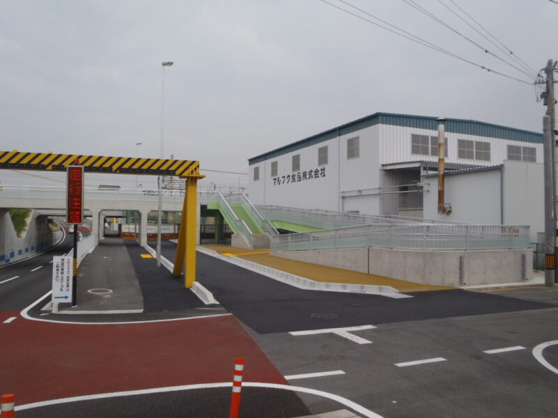 明治橋左岸スロープ橋(三重県)