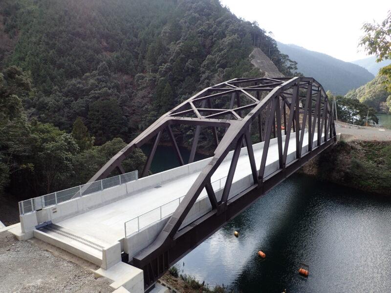 新西谷橋(三重県)