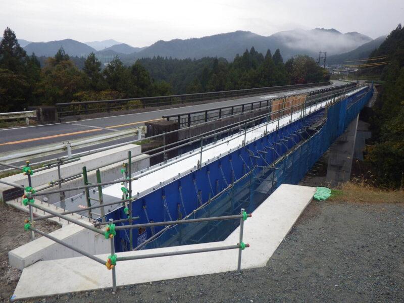 不動谷橋橋側歩道橋(三重県)
