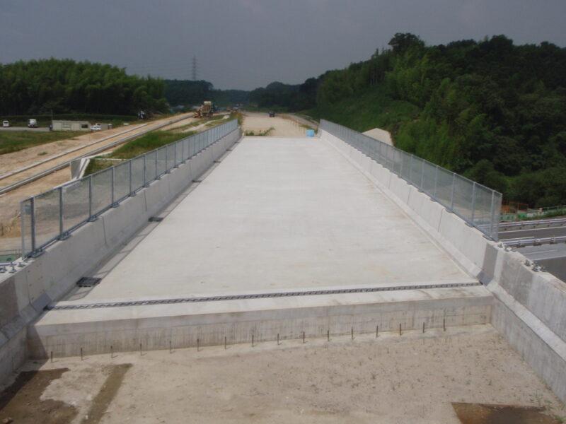 大矢知跨道橋(三重県)