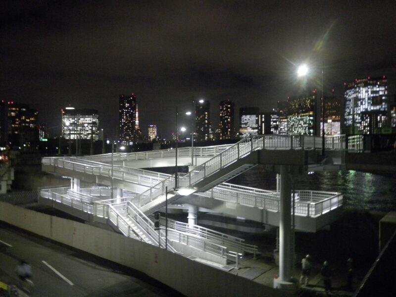 築地大橋歩行者スロープ(東京都)